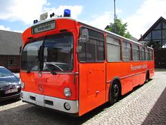 Hamburg ... (Dennis Deng) Tags: truck fire mercedes action police emergency feuerwehr rtw polizei bluelight rettungswagen polis tlf dlk einsatz blaulicht elw hlf einsatzleitung abuöance