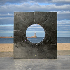 """C"" (D.J. De La Vega) Tags: sea beach 50mm pier nikon df g c prom f18 sunderland roker"