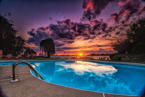 """Pool Sunset • <a style=""""font-size:0.8em;"""" href=""""http://www.flickr.com/photos/76866446@N07/14651946293/"""" target=""""_blank"""">View on Flickr</a>"""