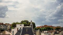 Verdun vue ... diffremment (liryc30) Tags: sky cloud france architecture landscape nikon cloudy sigma ciel 55 nuage paysage lorraine insolite cpl meuse hoya verdun polarizing nuageux polarisant 55100 pro1d