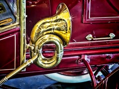 Brass horn on 1906 Ford Model N Vintage Automobile (mharrsch) Tags: auto red ford car vintage washington automobile tacoma horn brass lemay modeln mharrsch lemayamericascarmuseum