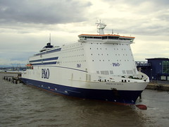 pride of hull (3) (mike_j's photos) Tags: ferry po bruge prideofhull