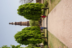 Delhi - Qutub Minar Approach (Le Monde1) Tags: india carved nikon vishnu path delhi tomb columns courtyard mosque unesco worldheritagesite sultan hindu cloisters minar masjid qutubminar northernindia iltutmish alauddinkhalji d7000 lemonde1 shamsuddiniltutmish vishnupada