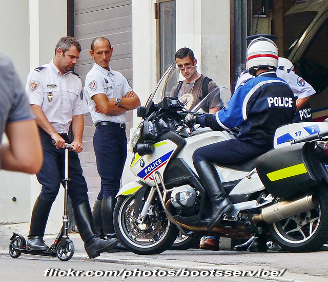 "paris uniform boots police moto bmw motorcycle biker uniforms officer policeman bottes motard uniforme policemen motorcyclists policier motards uniformes policiers motorbiker ""police officier ""riding boots"" nationale"""