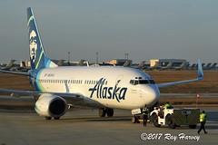 N609AS (320-ROC) Tags: alaska alaskaairlines n609as boeing737 boeing737700 boeing737790 boeing 737 737700 737790 b737 kchs chs charlestoninternationalairport charlestonairport charleston