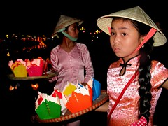 Vietnam - Gennaio 2014 (anton.it) Tags: costume vietnam hoian tet 1001nights festa colori viaggio capodanno bambine canong10 antonit 1001nightsmagiccity