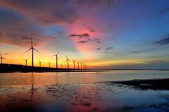 DSC_0805~1   Sunset glow at Gao -Mei wetland . Taichung,Taiwan (michaeliao27) Tags: city sunset glow taiwan  wetland  gaomei tauchung