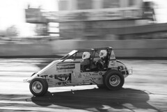 JIM_3881a bw (Cobby17) Tags: nikon buxton racing dirt modified sprint panning dirttrack motorsport raceway southbuxton d7100