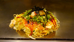 Hiroshima City, Japan (Mic V.) Tags: city food japan restaurant hiroshima pancake prefecture savoury nourriture okonomiyaki