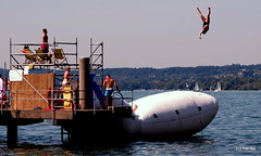 Flying High Again (Hai-Ray) Tags: canon austria sterreich bregenz powershot bodensee 2014 g16
