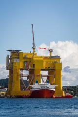 Dolwin Beta (Sten Dueland) Tags: mill windmill energy wind offshore platform beta northsea electricity shipyard mighty servant haugesund plattform karmy electrification windpark dockwise dolwin mightyservant aibel dolwinbeta