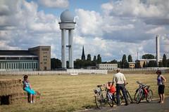 Tempelhofer Feld 27. August 2014 (Berlin-Knipser) Tags: berlin landwirtschaft tempelhof ernte thf tempelhoferfeld tempelhoferpark tempelhoferfreiheit sonydscrx100