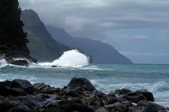 Haena-State-Park_Kauai-HI_03-02-2007vv (Count_Strad) Tags: park beach island hawaii surf waves scenic wave kauai haena haenastatepark