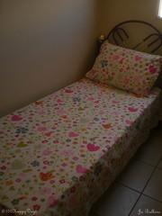 Projeto #72: lençol fofo (Jubaoli) Tags: flores corações cama lençol fofura passarinhos projetofotográfico 100happydays