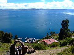 DSCF7403 (JohnSeb) Tags: lake peru titicaca lago island see meer lac perú taquile isla 湖 johnseb jezioro sø озеро southamerica2012
