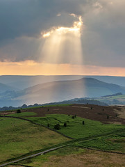 Light Burst (matrobinsonphoto) Tags: light sunset sun sunlight rural landscape hope golden countryside rocks god district derwent derbyshire south sheffield yorkshire hill peak scout kinder hills valley rays win burst carhead