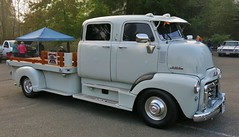 "1953 GMC COE  ""Custom Crew-Cab"" Truck (Custom_Cab) Tags: street door hot chevrolet up truck design bed flat cab 4 over engine pickup chevy crew rod pick custom advance gmc coe stake 1953 flatbed kustom 4door crewcab caboverengine"