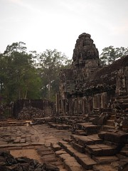 Dimming Light in the Ruins (CentipedeCarpet) Tags: four cambodia photos panasonic micro siem reap 20mm angkor unlimited thirds bayon gx7