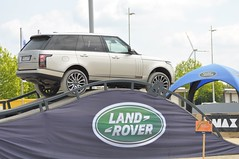Range Rover Autobiography (Transaxle (alias Toprope)) Tags: auto show terrain cars beauty car june fun nikon driving power offroad 4x4 god action extreme performance 4wd mobil rover fair voiture exhibition downhill best leipzig motors climbing international ami coche experience soul carros land carro motor autos landrover messe range rangerover macchina carshow awd coches motorshow voitures 4wheeldrive toprope trs allwheeldrive extrem 2014 autobiography macchine d90 parcours terrainresponsesystem mtklr370 terraineresponsesystem