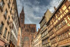 Münster Strassburg - HDR (bohnengarten) Tags: our france lady river eos frankreich cathedral kathedrale notredame strasbourg cathédrale alsace fluss rhine rhein münster radtour elsass strassburg 50d europarat europaparlament liebfrauenmünster