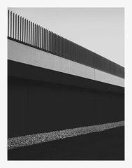 (thomasrixner) Tags: white black canon germany way munich grey double minimal 5d handrail schwarz markii eichsttt gelnder oaktown weis