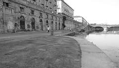 murazzi-bn (braveknight74) Tags: river torino fiume bn piemonte po turin piedmont nero muri biano murazzi