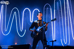Arctic Monkeys (Rockon.it) Tags: verona villafranca arcticmonkeys alexturner villafrancadiverona