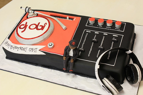 DJ Turntable cake med