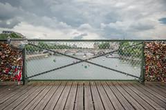 Paris, Pont des Arts. (Jrme Cousin) Tags: bridge paris france de cadenas nikon arts ile des pont 28 75 tamron 2470 d700