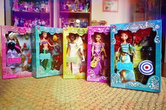 they're HERE !! all the complete Disney singing princess of 2014 (girl enchanted) Tags: ikea disney pixar brave tangled toyroom dollyroom arieldoll rapunzeldoll tianadoll thelittlemermaiddoll princessauroradoll sleepingbeautydoll theprincessandthefrogdoll briarrosedoll meridadoll bravedoll