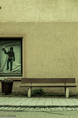 Narrenbank (Daniel Czichowsky) Tags: black bank retro schwarzwald tannenzpfle forst narrenzunft hchenschwand