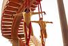 Puente Rojo, Monos Dorados - Joca e Vanessa (Danimawii) Tags: couple duo acrobatics underthebridge telas tecido acrobacia aerialsilk