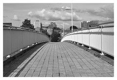 THE EPPING FOOTBRIDGE MANCHESTER (Spaceopera) Tags: uk travel bridge white black monochrome architecture manchester nikon noir pont joydivision tribute hommage blanc passerelle d90 nikond90