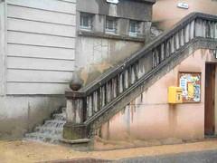 mot-2002-riviere-sur-tarn-rocquefort_stair_waterfall01_800x600