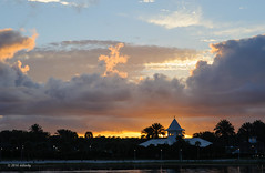 Grand Floridian sunset (ddindy) Tags: orlando florida disney disneyworld waltdisneyworld grandfloridian