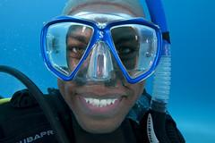 Bahamas09_1164 (PADI Image Library) Tags: couple deep flashlight bahamas wreck lionfish nitrox sillohuete eanx enrichedair tropicalwarmwater