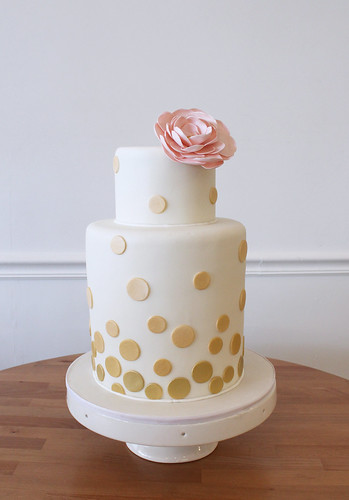 Metallic Gold Ombre Dots Wedding Cake
