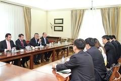 Jovens quadros da China visitam Sede Nacional