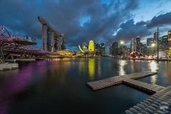 iLIGHT Marina Bay 2017 (kenneth chin) Tags: cbd artsciencemuseum helixbridge marinabaysands marinabay ilightmarinabay2017 nikon d810 nikkor asia city singapore cloud yahoo google