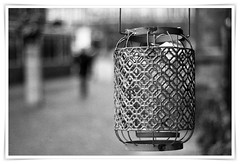 Windlight basket (RobKuijper) Tags: windlight lampion haarlem grotemarkthaarlem blackandwhite bokeh