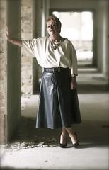 jr publications (19.tavistock.place) Tags: shiny skirt rainwear klepper regenmantel kleppermantel