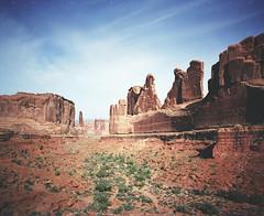 Park Avenue (α RAINYNEPTUNUS ω) Tags: 120 film analog mediumformat utah sandstone desert pentax fujifilm 6x7 southernutah redrock analogphotography filmphotography desertfauna pentax6x7 desertlife utahsky desertoasis