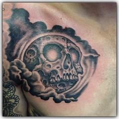 Moonskull #skulltattoo #moonskull #skullmoon #alteredstatetattoo #eldubink #westpalmbeachtattoo #fusiongreywash #synbeosrotary