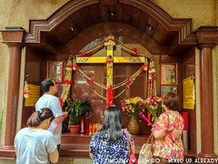 Asia - Philippines - Manila - Binondo - Pray (timothywpawiro) Tags: china town asia chinatown cross philippines culture manila binondo multiculture