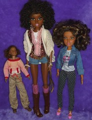 Curly Hair Dolls (WakeUpFrankie) Tags: alexis doll dolls d curly liv multicultural ethnic curlyhair moxie dollclothes dollcollection dollphotography ohc moxiedolls onlyheartsclub dollfashion dollaccessories dollcollector ethnicdoll africanamericandoll aadolls onlyheartsclubdolls onlyheartclub livdoll naturalh
