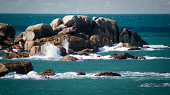 cte de granit rose (Karsten Hansen) Tags: ocean sea rocks meer wave bretagne cte atlanticocean rocher kste atlantik brandung ctedegranitrose pentaxk10d karstenhansen