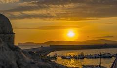 (20Vince86) Tags: sunset sea sun clouds dock tramonto nuvole mare ship pentax porto kr sole alghero