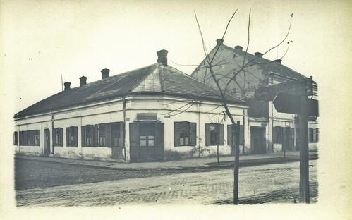 róg ul. Kilińskiego i ul. Kościuszki, obecnie budynek MOPS-u