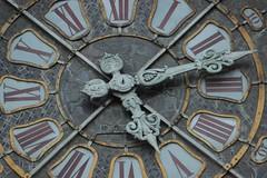 L'empreinte du temps (photo choisie) (LouRousselot) Tags: grenoble horloge temps aiguilles
