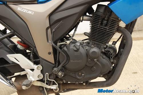 2014-Suzuki-Gixxer-13